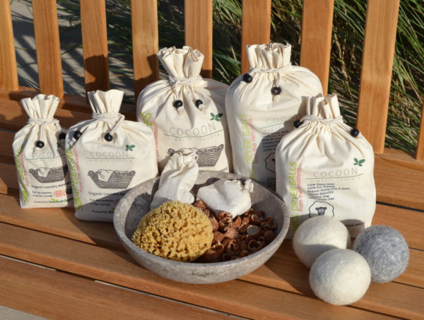 Picture of Cocoon Organic Laundry Soapberries Washing Nuts Wool Balls Drying Balls Natural Sponge